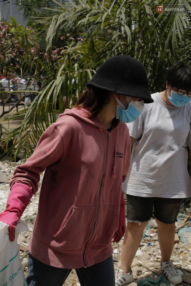 Chi Pu và Quỳnh Anh Shyn nhập cuộc Thử thách dọn rác: Khi việc làm ý nghĩa lan tỏa ngày càng mạnh mẽ! - Ảnh 5.