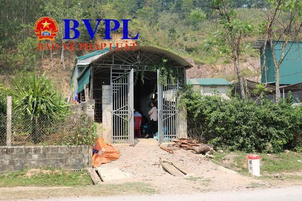 Khám nhà vợ chồng Bùi Văn Công: 50 cảnh sát làm việc trong 9 tiếng, thu nhiều vật chứng quan trọng gợi mở tình tiết mới - Ảnh 3.