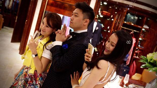 Cuộc sống quá khác biệt của giới con nhà giàu Trung Quốc dù cùng ngậm thìa bạc: Người một bữa ăn hết 5.000 USD, người không xe phải đi tàu điện ngầm - Ảnh 3.