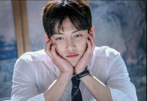 Ji Chang Wook - Nam thần may mắn né được đạn từ Burning Sun - Ảnh 11.