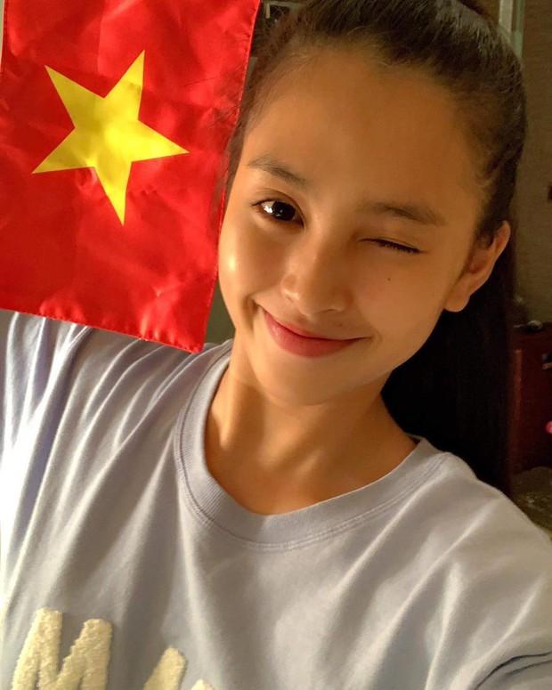 Khoe mặt mộc, Hoa hậu Tiểu Vy lộ nhược điểm nhưng vẫn xinh đẹp ngất ngây - Ảnh 5.