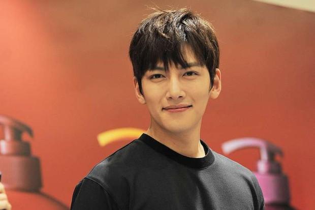 Trước khi dính vạ vì scandal Seungri, ít ai biết mỹ nam Ji Chang Wook lại sở hữu giọng hát ngọt ngào đến nhường này! - Ảnh 6.