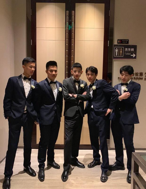Dàn phù rể toàn cực phẩm nhưng bao lầy trong đám cưới của cặp đôi đũa lệch nổi tiếng nhất Trung Quốc - Ảnh 3.