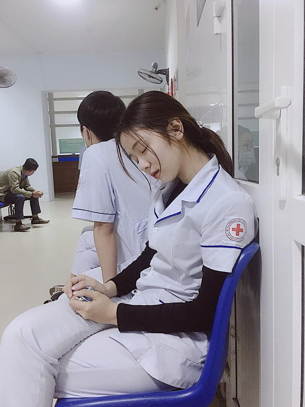 Ảnh quá khứ của girl Nghệ An được báo Hàn khen nức nở chứng minh: Đừng chê con gái xấu khi họ còn chưa dậy thì xong! - Ảnh 1.