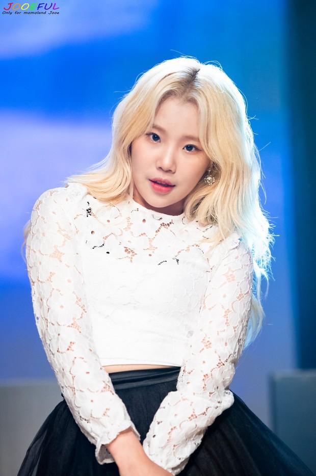 Vật đổi sao dời: Nữ idol xấu nhất lịch sử Kpop lột xác thành mỹ nữ, nhận vạn lời khen về nhan sắc, body - Ảnh 7.
