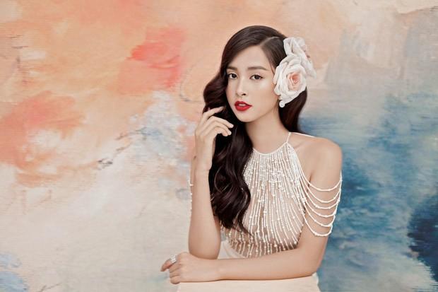Mỹ nhân 10x Trần Tiểu Vy lột xác quyến rũ sau nửa năm đăng quang Hoa hậu Việt Nam 2018 - Ảnh 8.