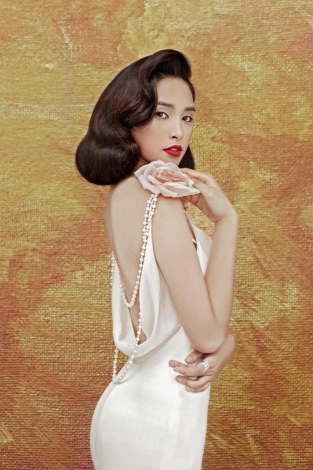 Mỹ nhân 10x Trần Tiểu Vy lột xác quyến rũ sau nửa năm đăng quang Hoa hậu Việt Nam 2018 - Ảnh 4.