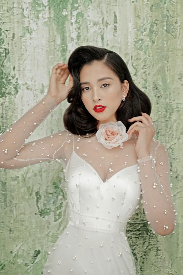 Mỹ nhân 10x Trần Tiểu Vy lột xác quyến rũ sau nửa năm đăng quang Hoa hậu Việt Nam 2018 - Ảnh 3.