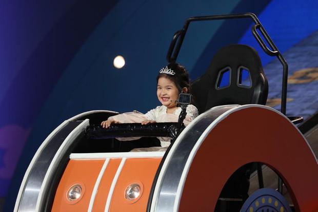 Trịnh Thăng Bình bị Trấn Thành hành lên hành xuống trên gameshow - Ảnh 8.