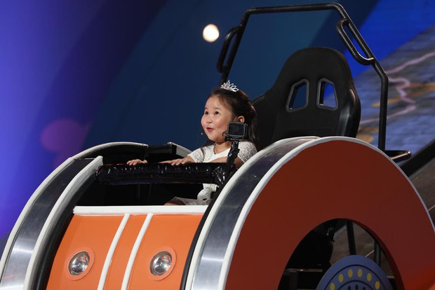 Trịnh Thăng Bình bị Trấn Thành hành lên hành xuống trên gameshow - Ảnh 9.