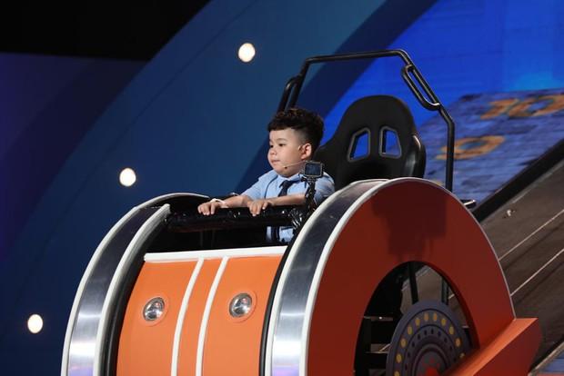 Trịnh Thăng Bình bị Trấn Thành hành lên hành xuống trên gameshow - Ảnh 7.