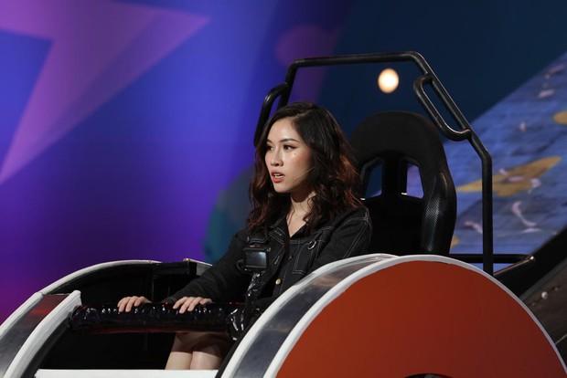 Trịnh Thăng Bình bị Trấn Thành hành lên hành xuống trên gameshow - Ảnh 4.