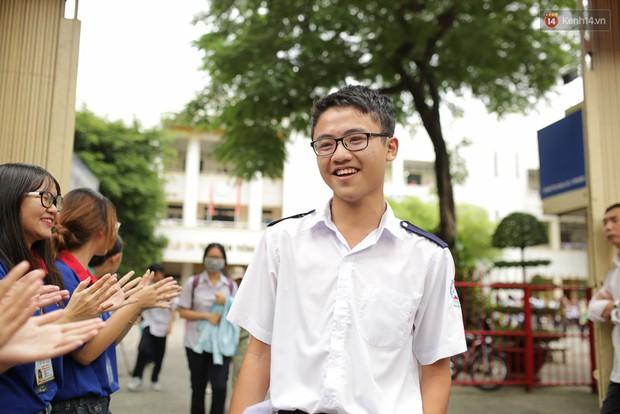 Nóng: Gần 20 trường Đại học trên cả nước có thí sinh được sửa điểm thi THPT Quốc gia 2018 đang theo học - Ảnh 1.