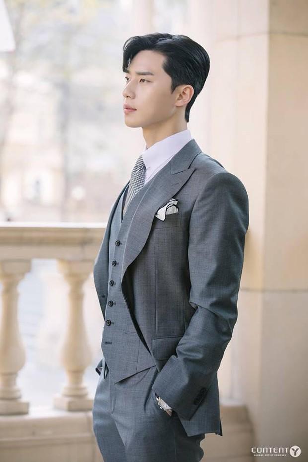 Tranh thủ lúc Park Min Young làm fan girl, SBS lẹ tay làm Thư Kí Kim phiên bản 2019 với Love At First Sight - Ảnh 2.