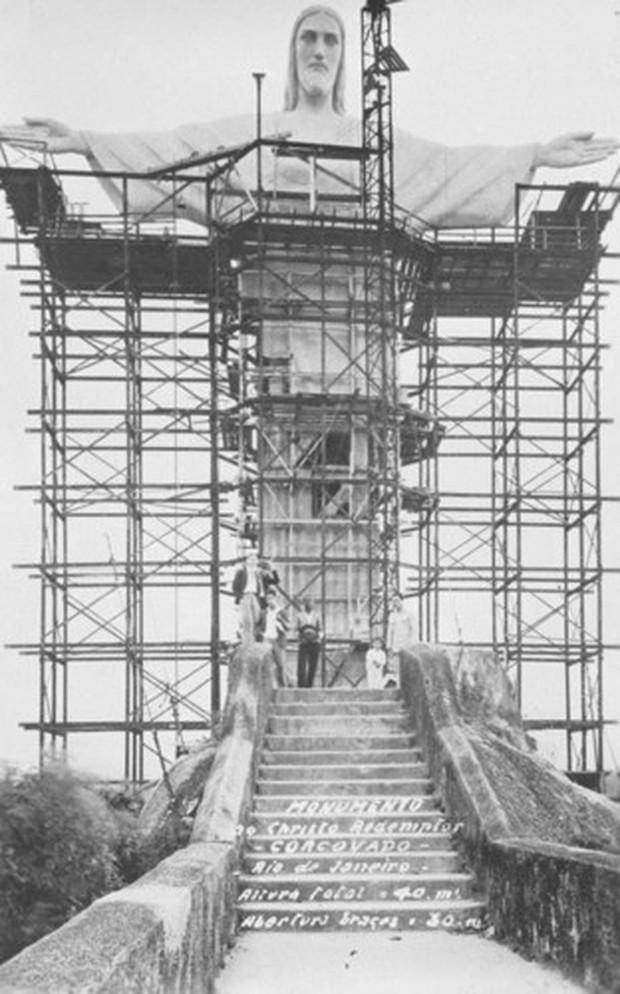 """Cảnh tượng ngoạn mục khó tin khi xây dựng các công trình """"thế kỷ"""" - Ảnh 7."""