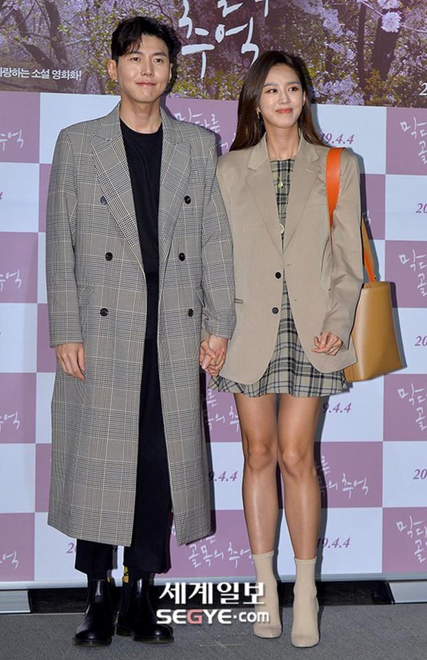 Sooyoung mời cả dàn mỹ nhân SNSD đến sự kiện: Taeyeon thảm họa, em út Seohyun đọ body siêu nuột với nữ diễn viên - Ảnh 20.