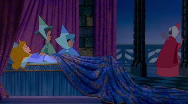 Nữ sinh ngủ 22 tiếng/ngày, quên cả giờ thi vì hội chứng người đẹp ngủ kì lạ - Ảnh 3.