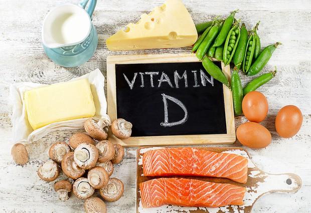Thiếu vitamin D dễ bệnh, nhưng thừa vitamin D cũng gây ra tác hại không ngờ - Ảnh 1.