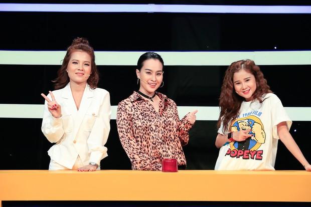 Khổng Tú Quỳnh thoải mái thả thính trên truyền hình sau khi chia tay Ngô Kiến Huy - Ảnh 2.