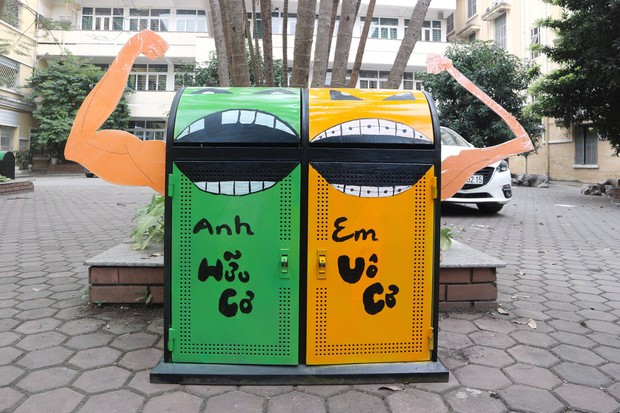 Nhìn những thùng rác này của sinh viên Nhân Văn, ai mà không nhặt rác cho vào đúng là có lỗi với môi trường! - Ảnh 5.