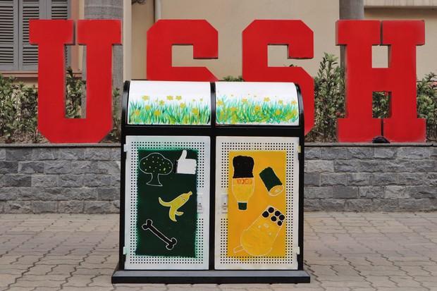Nhìn những thùng rác này của sinh viên Nhân Văn, ai mà không nhặt rác cho vào đúng là có lỗi với môi trường! - Ảnh 10.