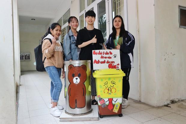 Nhìn những thùng rác này của sinh viên Nhân Văn, ai mà không nhặt rác cho vào đúng là có lỗi với môi trường! - Ảnh 11.