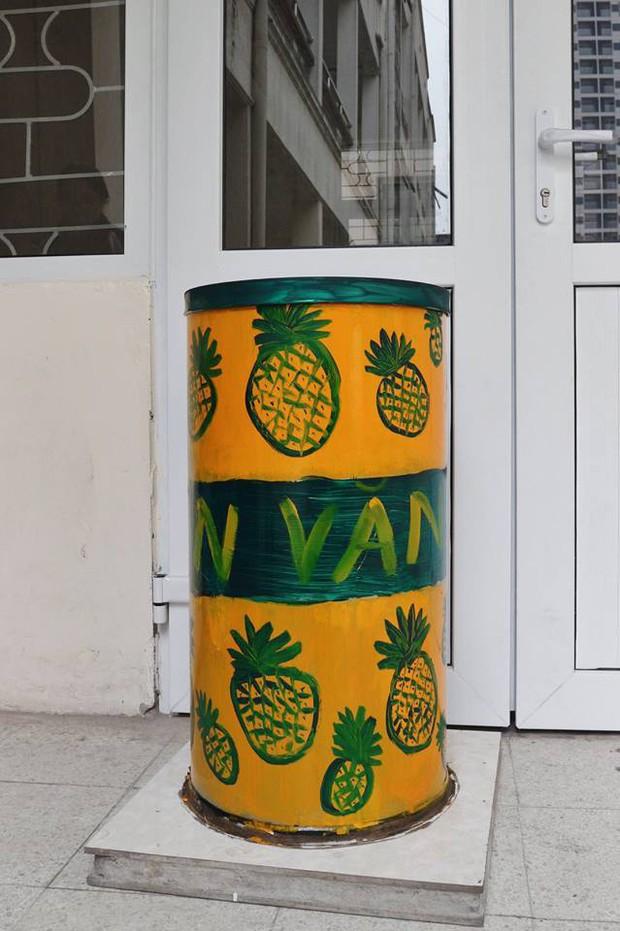 Nhìn những thùng rác này của sinh viên Nhân Văn, ai mà không nhặt rác cho vào đúng là có lỗi với môi trường! - Ảnh 15.