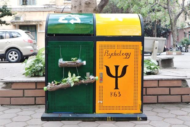 Nhìn những thùng rác này của sinh viên Nhân Văn, ai mà không nhặt rác cho vào đúng là có lỗi với môi trường! - Ảnh 16.