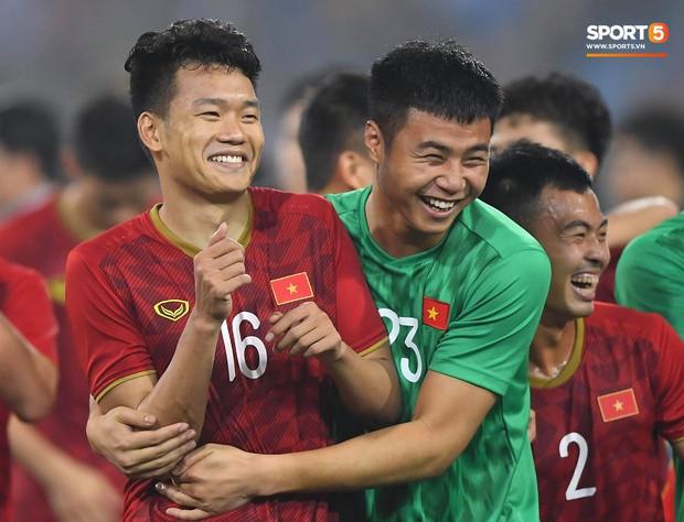 Đả bại Thái Lan với tỷ số đậm nhất lịch sử, tuyển thủ U23 Việt Nam ăn mừng đầy cảm xúc - Ảnh 7.