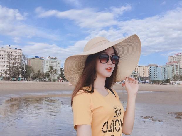Đã tìm thấy danh tính của nữ CĐV xinh đẹp chiếm spotlight trận U23 Việt Nam hạ gục Thái Lan - Ảnh 6.