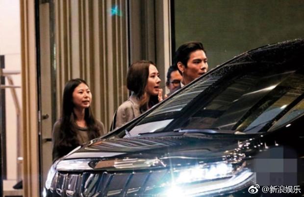 Bạn gái tin đồn của Seungri được con trai trùm showbiz Hong Kong cầu hôn, nhẫn kim cương khủng lộ diện - Ảnh 7.