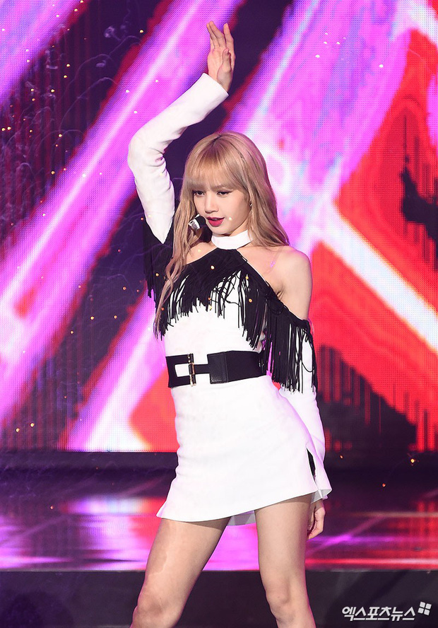 """Những main dancer khiến giới idol """"tâm phục khẩu phục"""": Đại diện BTS gây bất ngờ, Lisa (BLACKPINK) bị 1 tân binh thế chỗ - Ảnh 11."""