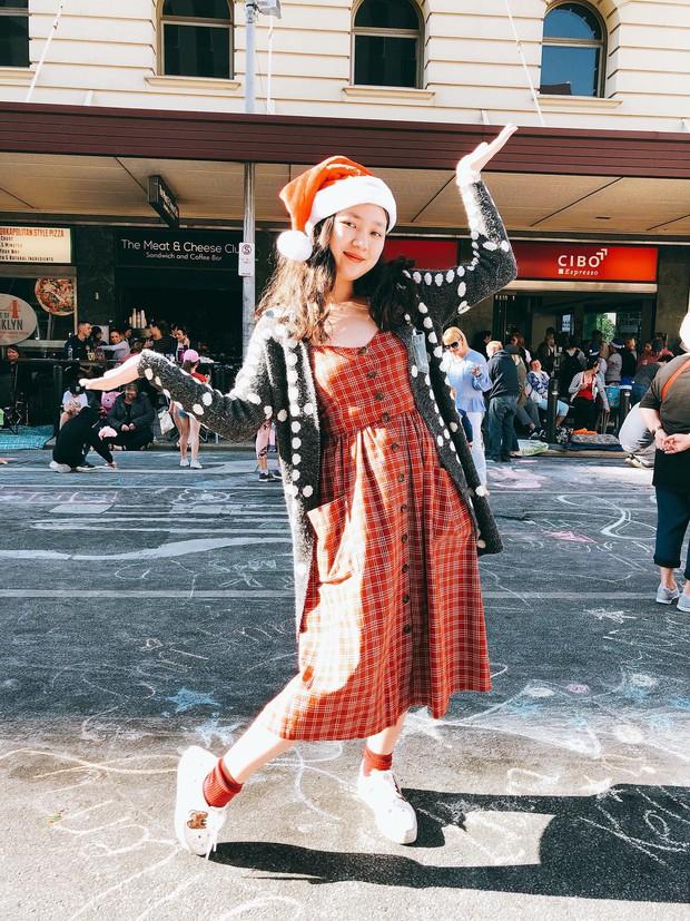 Em gái Bảo Anh lột xác bất ngờ sau 3 năm đi du học Úc, ngày càng xinh đẹp quyến rũ không thua kém chị - Ảnh 12.