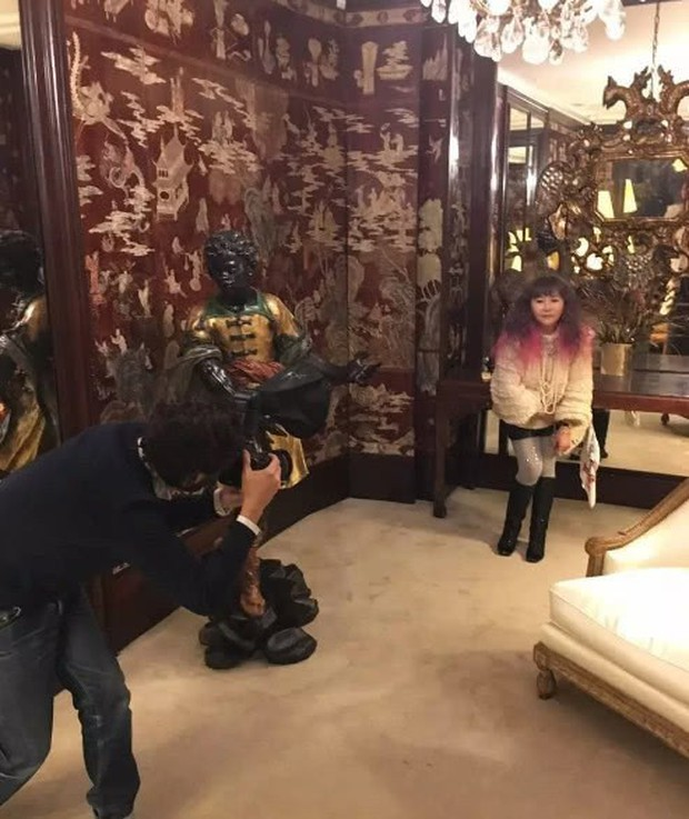 Cuộc sống thượng hạng của nữ kim chủ chống lưng Seungri: Dát hàng hiệu lên người, không tiếc tiền theo chân G-Dragon - Ảnh 12.