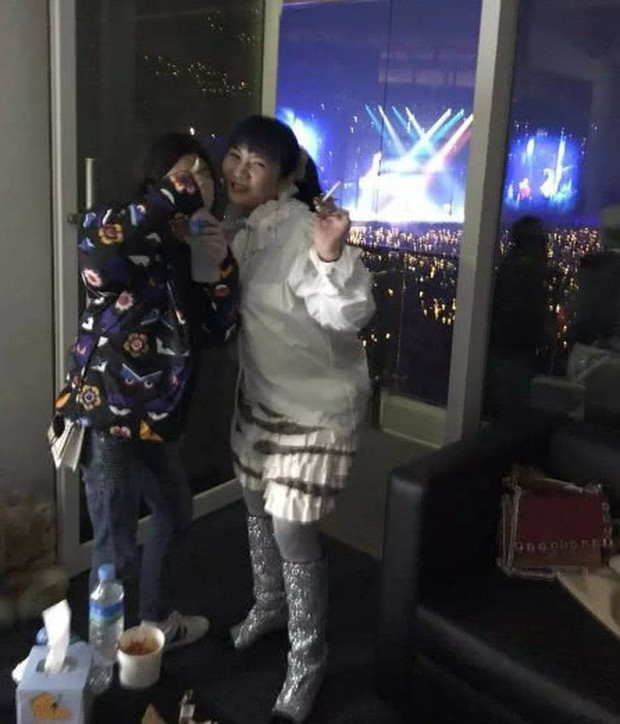 Cuộc sống thượng hạng của nữ kim chủ chống lưng Seungri: Dát hàng hiệu lên người, không tiếc tiền theo chân G-Dragon - Ảnh 10.