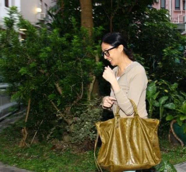 Vợ hờ Thành Long hốt hoảng báo cảnh sát báo tin con gái mất tích, nghi ngờ bị giết hại - Ảnh 2.