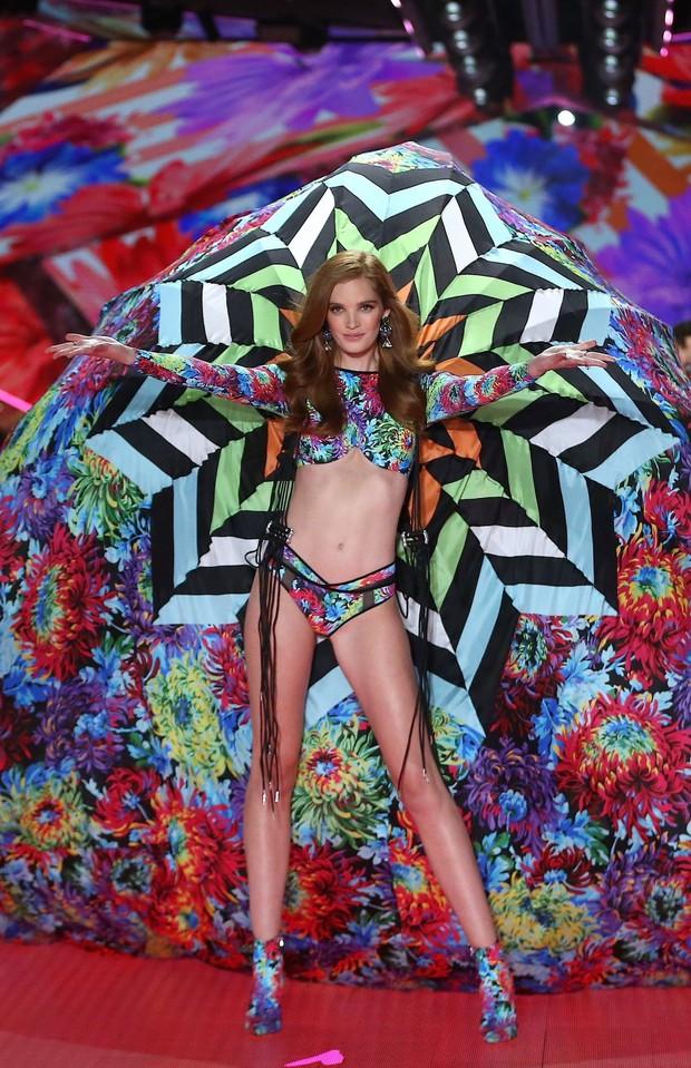 Vừa kết nạp được một người mẫu hơi béo đã tuyển thêm mẫu gầy, Victorias Secret gây thất vọng vì kém hiểu chuyện - Ảnh 4.