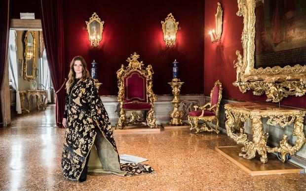 Nhung thành Venice: Sự tàn lụi của loại vải cao cấp vang bóng một thời vì đắt và khó khủng khiếp - Ảnh 5.