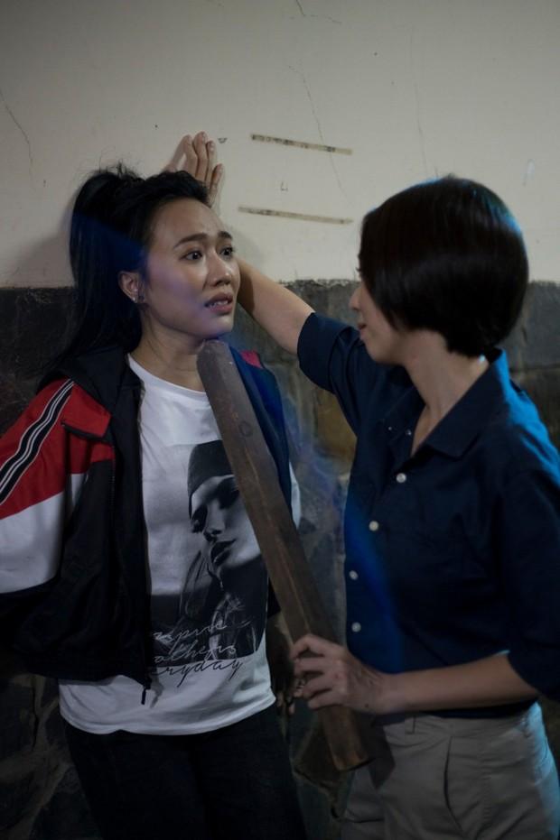 Review cực ngắn Chị Mười Ba: Ít hành động, bội thực twist so với web drama Thập Tam Muội - Ảnh 16.