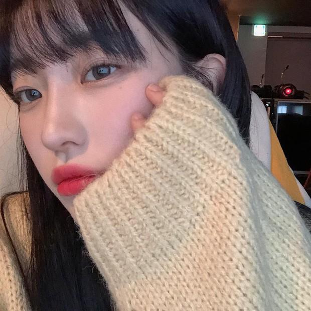 Thử skincare 10 bước kiểu Hàn xem có glass skin được không, beauty editor này nhận ra: đời không như là mơ nhưng da thực sự cải thiện - Ảnh 2.