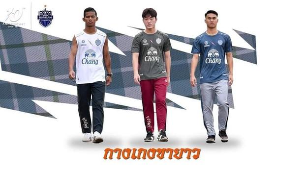 Xuân Trường cực bảnh bao trong lần đầu làm người mẫu tại Thái Lan - Ảnh 3.