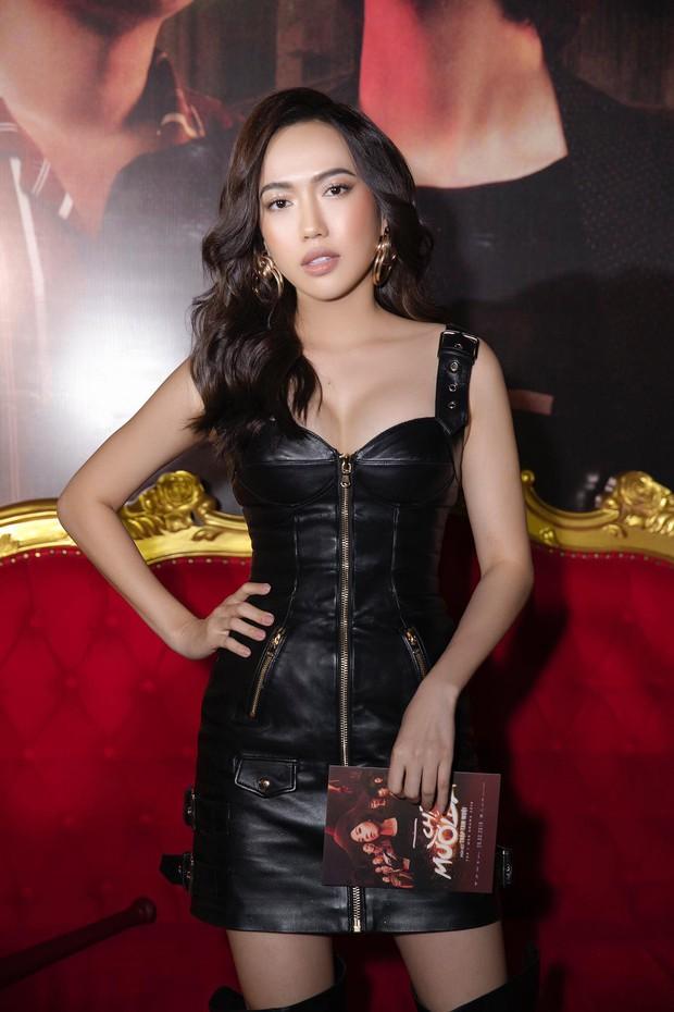 Thu Trang diện đầm hững hờ, bốc lửa đốt mắt bên Tiến Luật tại buổi ra mắt phim điện ảnh Chị Mười Ba - Ảnh 5.