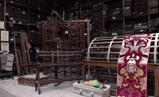 Nhung thành Venice: Sự tàn lụi của loại vải cao cấp vang bóng một thời vì đắt và khó khủng khiếp - Ảnh 9.
