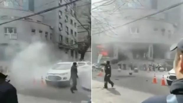 Trung Quốc: Đánh bom liều chết nhằm vào sở cảnh sát, ít nhất 4 người thương vong - Ảnh 1.