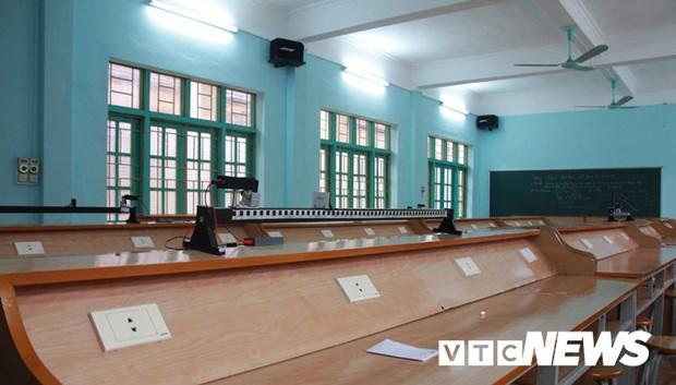 Cận cảnh ngôi trường gần 600 học sinh ở Quảng Ninh đồng loạt bỏ học do phải chuyển nơi khác - Ảnh 12.