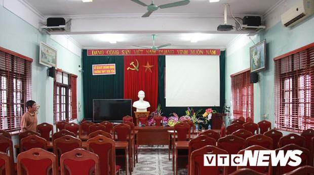 Cận cảnh ngôi trường gần 600 học sinh ở Quảng Ninh đồng loạt bỏ học do phải chuyển nơi khác - Ảnh 14.