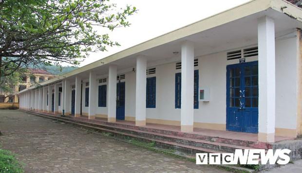 Cận cảnh ngôi trường gần 600 học sinh ở Quảng Ninh đồng loạt bỏ học do phải chuyển nơi khác - Ảnh 4.