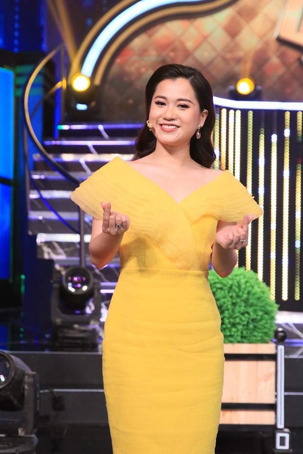 Ra khỏi MV, Hương Giang tiếp tục dằn mặt tình địch Karen Nguyễn trên sóng truyền hình - Ảnh 5.