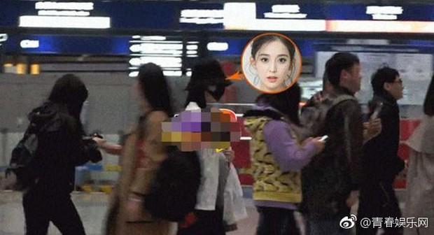 Vừa đi làm về đã xách hành lý sang nhà Trương Hàn, Cổ Lực Na Trát tái hợp với bạn trai cũ sau 2 năm chia tay? - Ảnh 3.