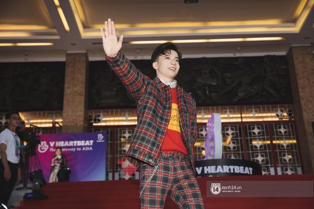 Super Junior gây choáng ngợp, Lee Hyori thế hệ mới khoe body sexy bên Vũ Cát Tường và dàn sao Việt trên thảm đỏ - Ảnh 14.